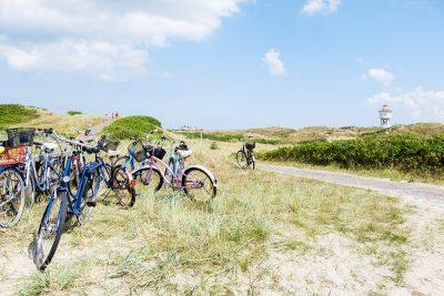 Fahrräder abgestellt auf der Insel Langeoog
